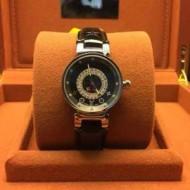 主役になる存在感 2015春夏物 LOUIS VUITTON ルイ ヴィトン 女性用腕時計 スイスムーブメント サファイヤクリスタル風防 4色可選