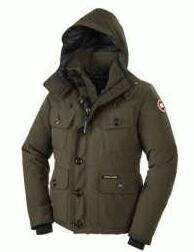 高品質のカナダグース コピー、Canada  Gooseの着心地が良い帽子付きのメンズダウンジャケット.