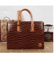 好感度もアップCARTIER カルティエ コピー 美しい光沢のあるバッグ