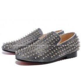 軽い履き心地が味わえるルブタン靴コピー  CHRISTIAN LOUBOUTIN  上品さを醸し出すシューズ