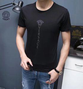 夏季注目!ヴェルサーチ Tシャツ コピー 好印象 シンプル 魅力 快適 トップス ロゴ柄 潮流服 メンズ