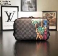 存在感を発揮するルイヴィトンコピー通販Louis Vuitton斜め掛けビジネス用メンズバッグ
