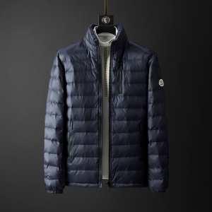 秋冬を力強くバックアップしてくれる 2色可選 一枚とオシャレな冬を過ごしたい モンクレール MONCLER 今年の秋冬の大人気作品  メンズ ダウンジャケット