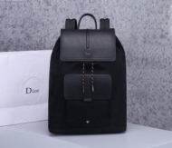 ディオール バックパック 新作 ゆるっとした着こなしに最適 メンズ DIOR コピー ブラック ハチ 大容量 最高品質 1MOBA062XVO_H15E