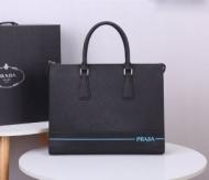 PRADA ビジネスバッグ 人気 トレンド感を増す限定新作 メンズ プラダ バッグ コピー ブラック ストリート 品質保証